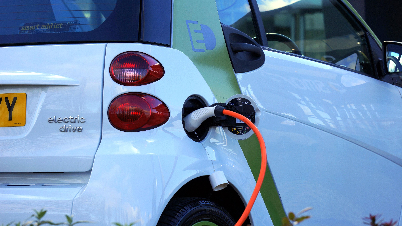 carros elétricos transformação digital setor automotivo