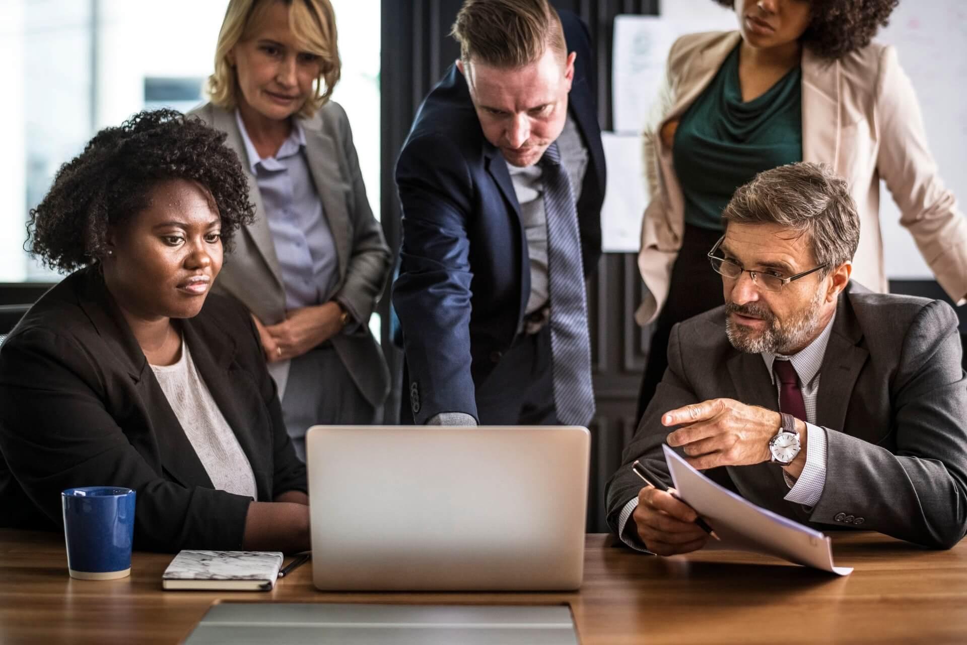 organizar tarefas do time gestão de leads de concessionarias