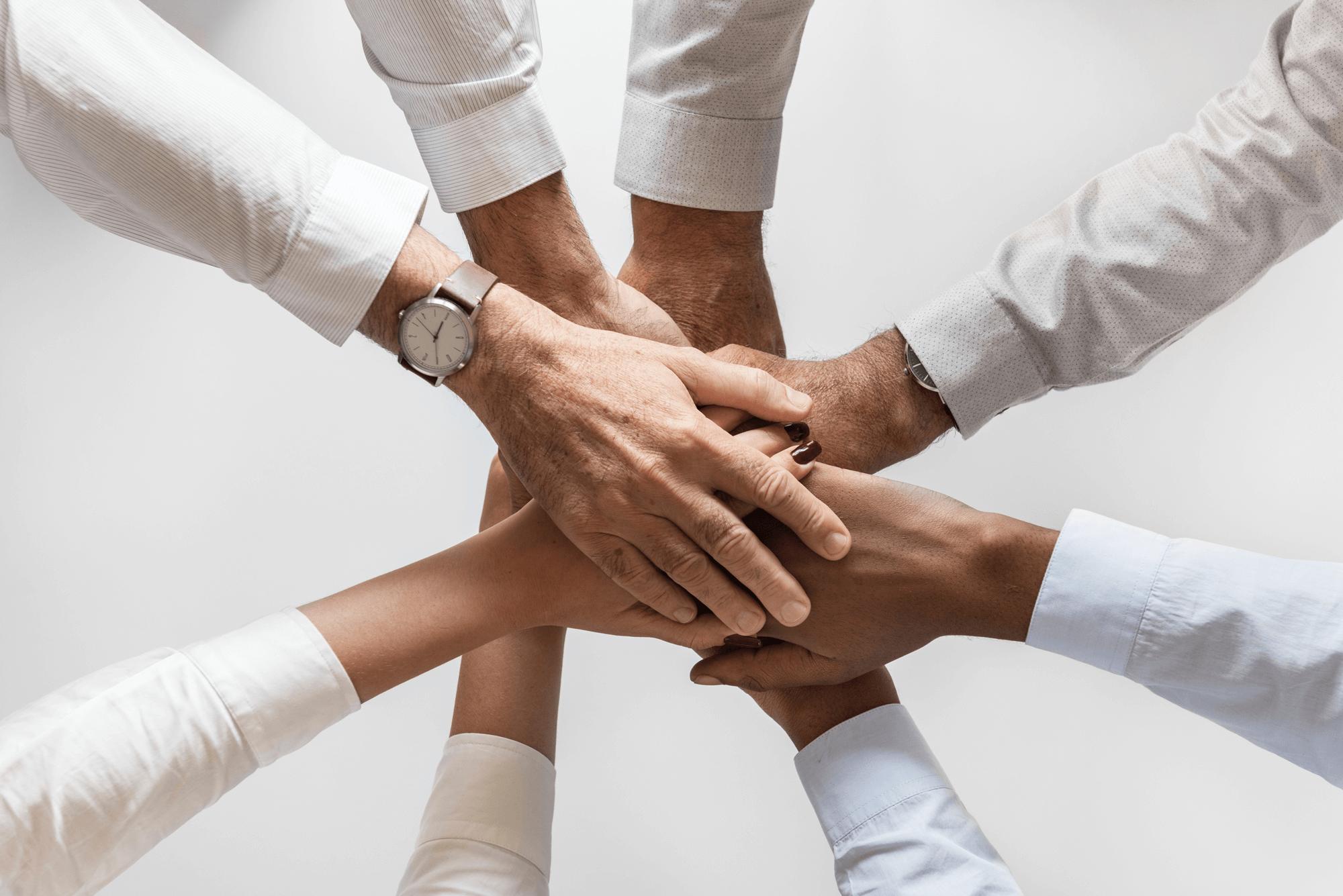 comunicação no trabalho ajuda na união do time