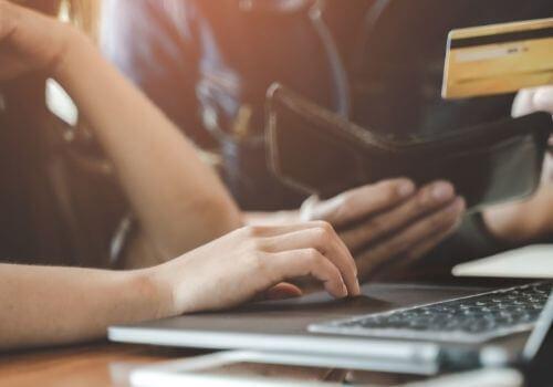 Canais de aquisição de clientes para concessionárias: Email