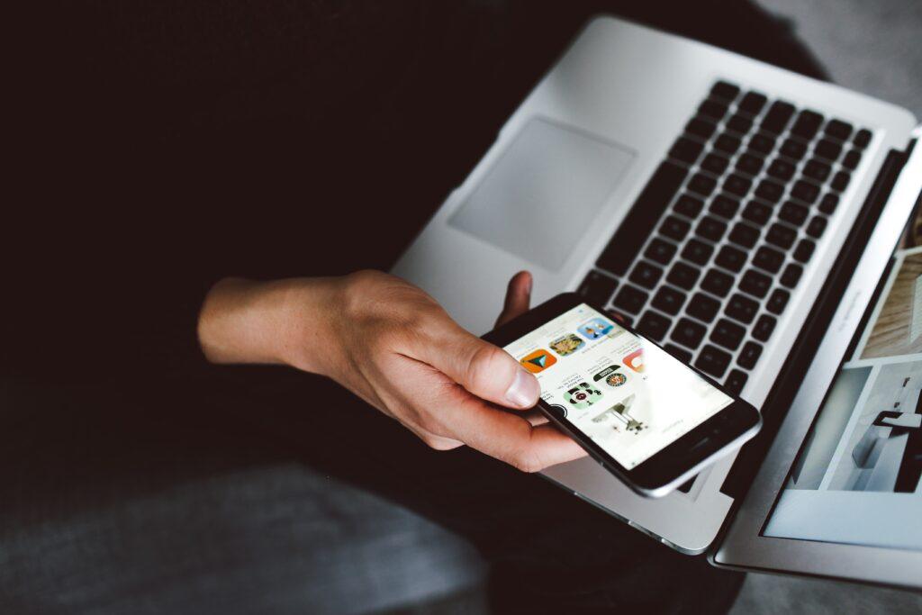 Canais de aquisição de clientes para concessionárias: Redes sociais